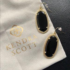 NWOT Kendra Scott black Elle earrings